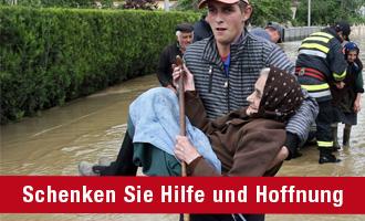 Volkshilfe-Pakete für Hochwasseropfer