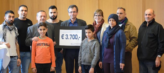 Ärztekammer OÖ übergibt Spende von 3700 Euro an Volkshilfe