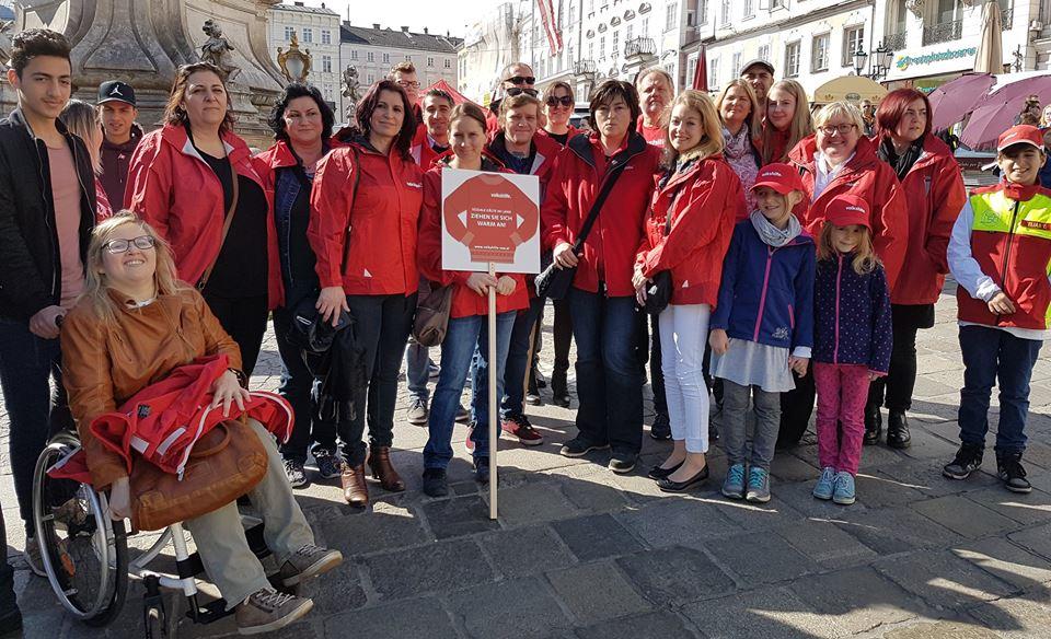 Volkshilfe OÖ beim Mai-Aufmarsch zum Tag der Arbeit